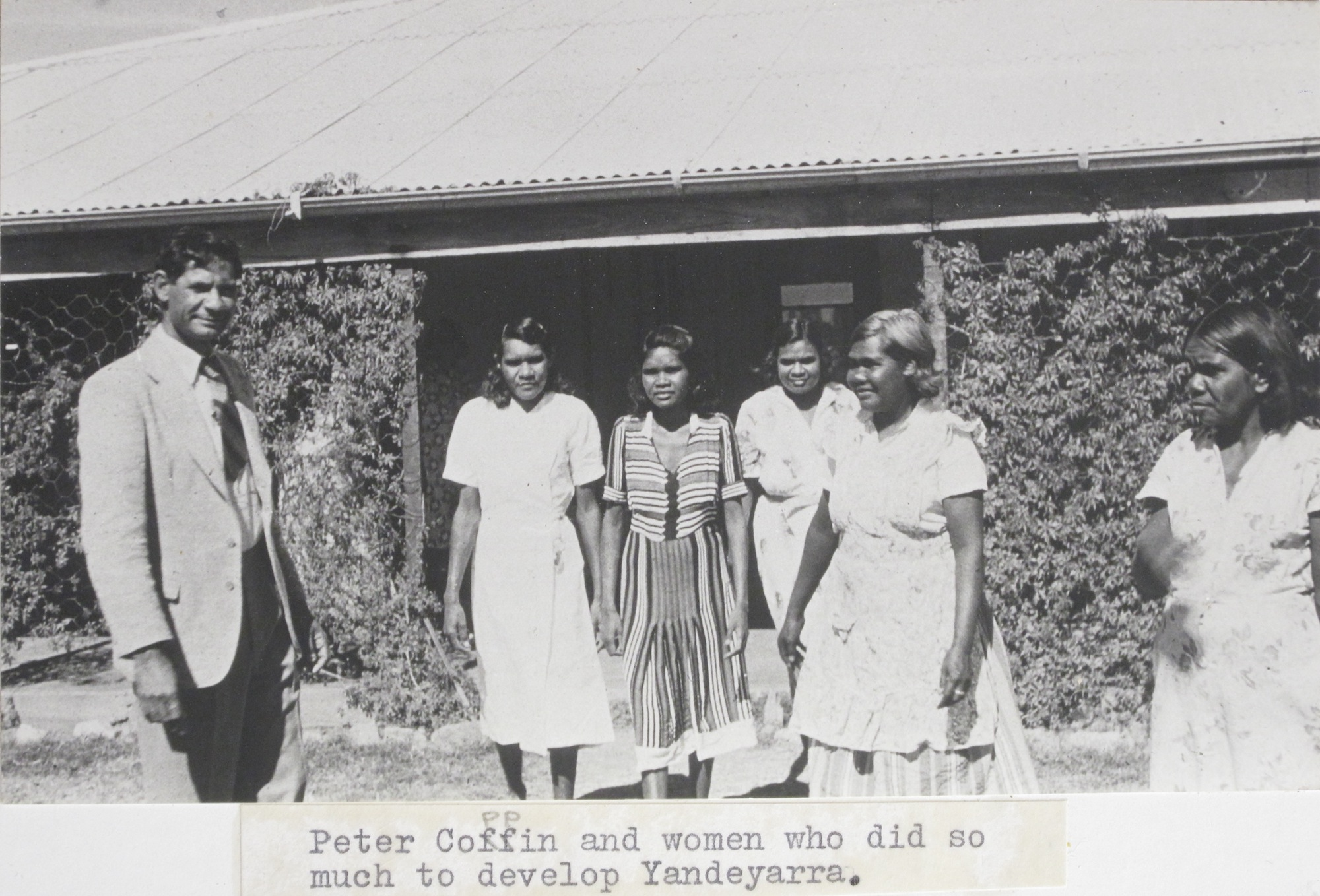 Committee Women and Peter Coppin at Yandeyarra